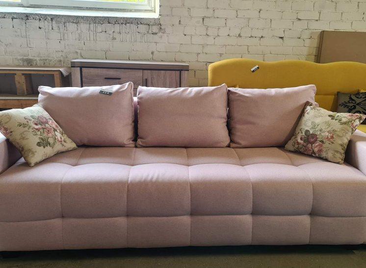 Sofa lova su patalynės dėžė